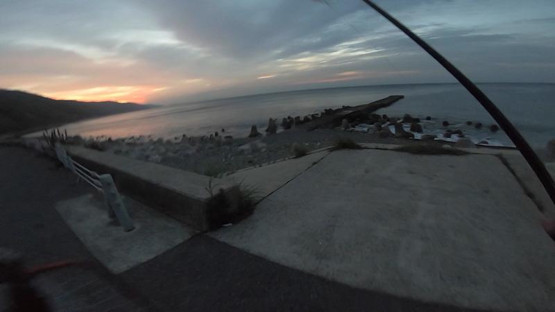 時合突入で青物3連発 淡路島灘黒岩の釣り・ショアジギング