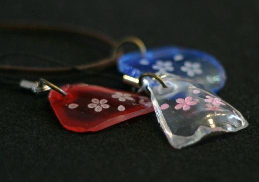 桜柄ガラスアクセサリー 名入れ彫刻 ガラスアート ストラップ ネックレス チャーム 体験教室