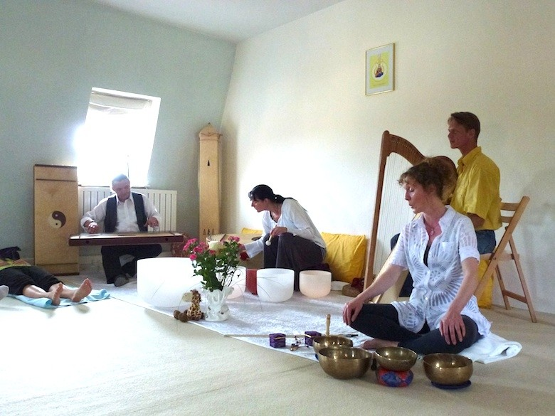 weltweite Klangvernetzung Torhaus Schloss Kochberg 21.5.12. Foto: privat