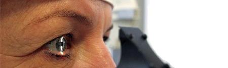 Untersuchung des Auges an der Spaltlampe