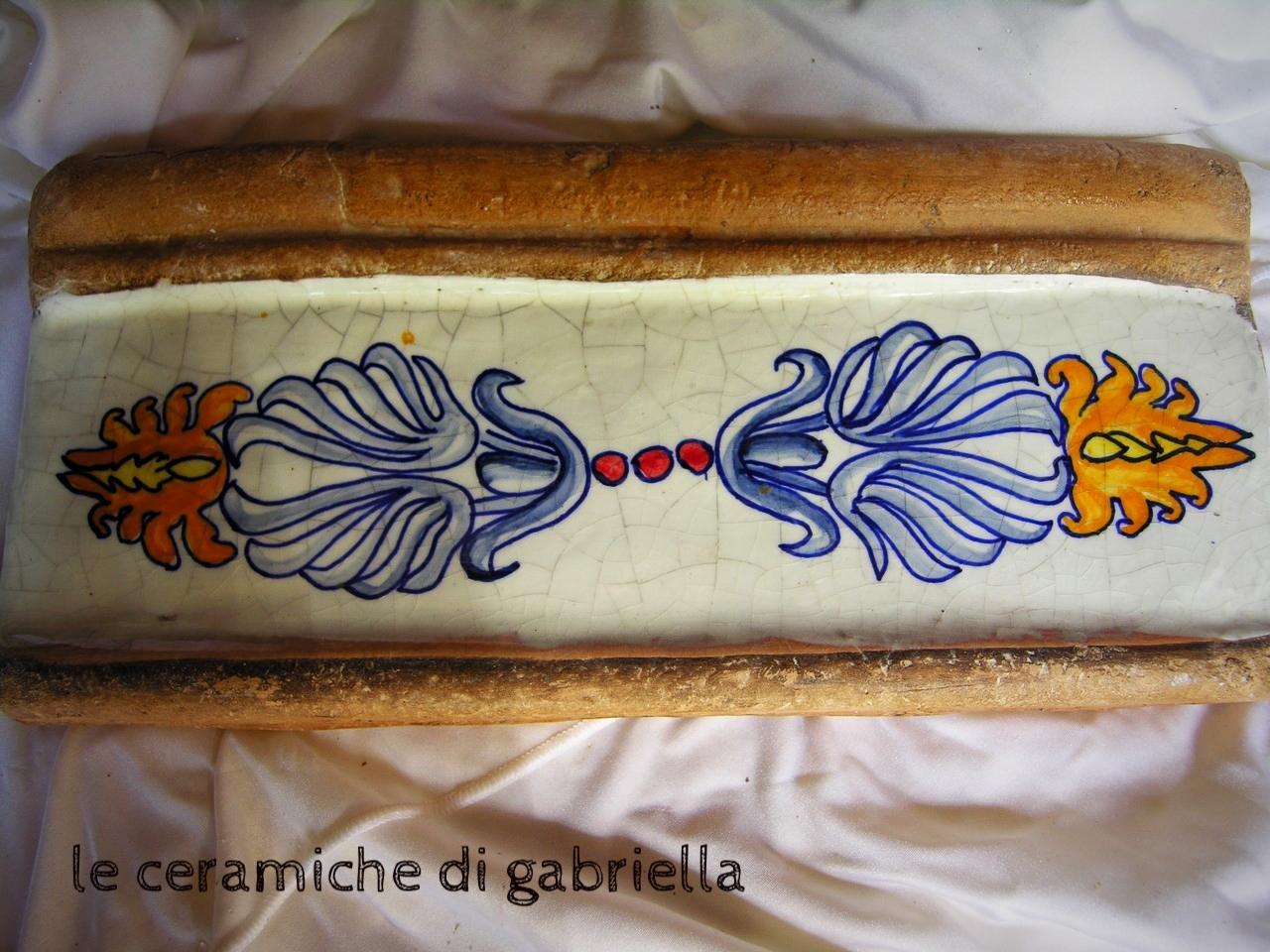 Listelli in cotto e ceramica mattonelle maioliche for Mattonelle maioliche