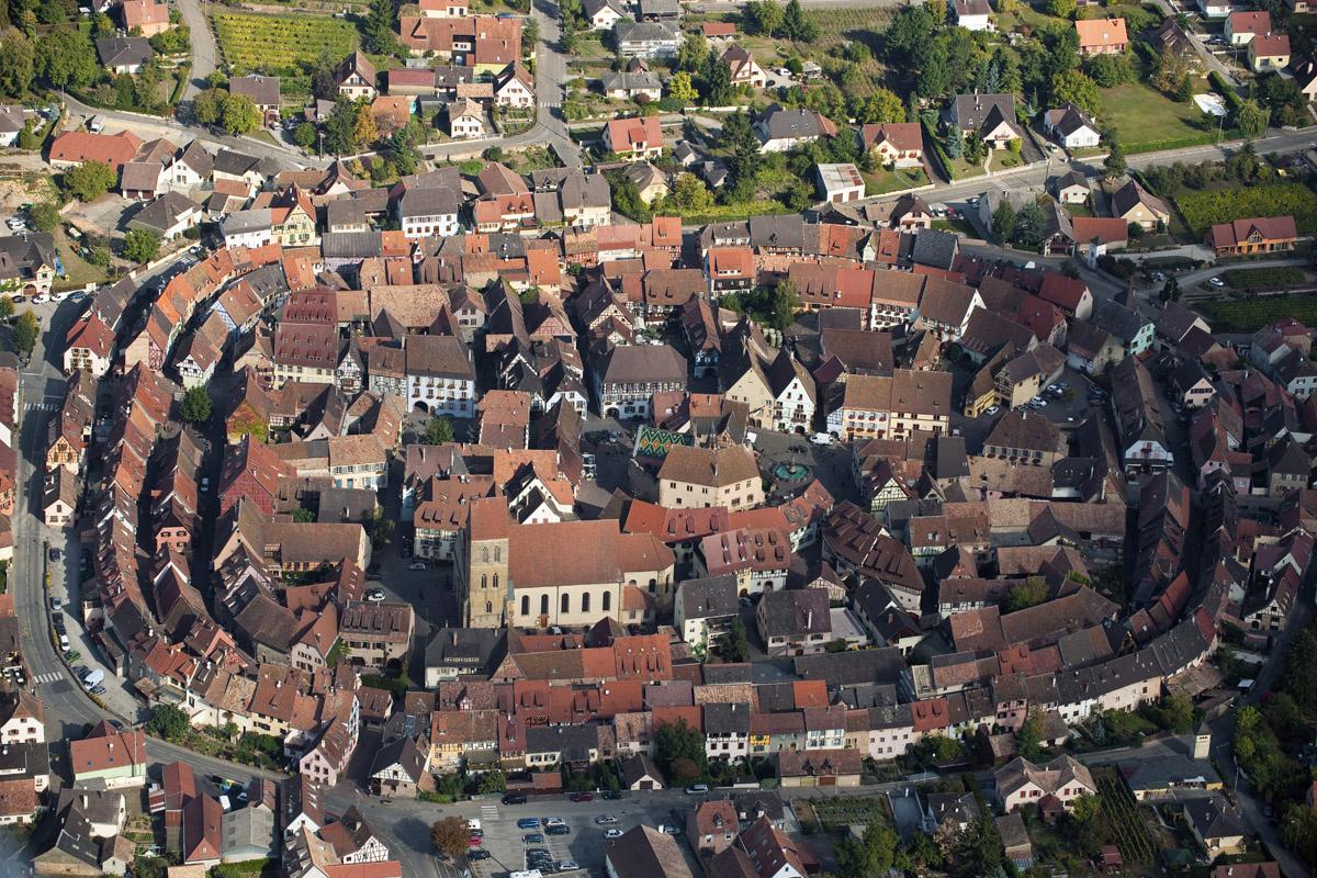 photo vue haut ciel eguisheim