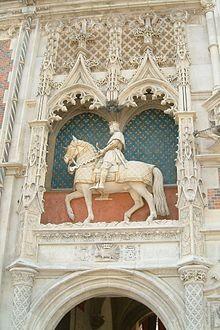 Louis XII sur la façade du Château de Blois
