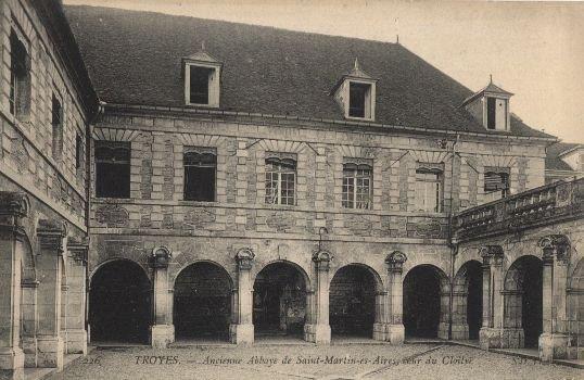 Abbaye Saint-Martin-ès-aires