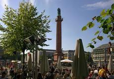 Street café at the Luisenplatz