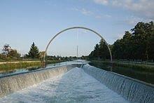 Canal du lac  d'orient