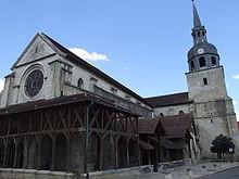 Eglise St Pierre (Bar sur Aube)