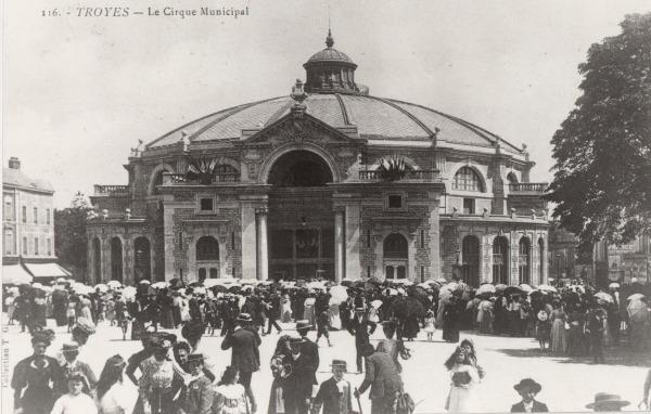 Cirque municipal
