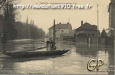 1910 Rue des charmilles à Troyes