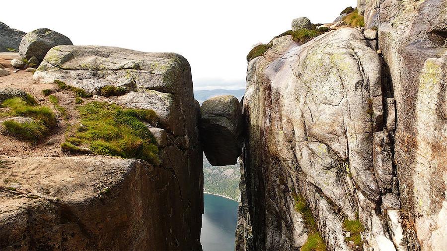 горa Кьераг в Лисефьорде, Норвегия