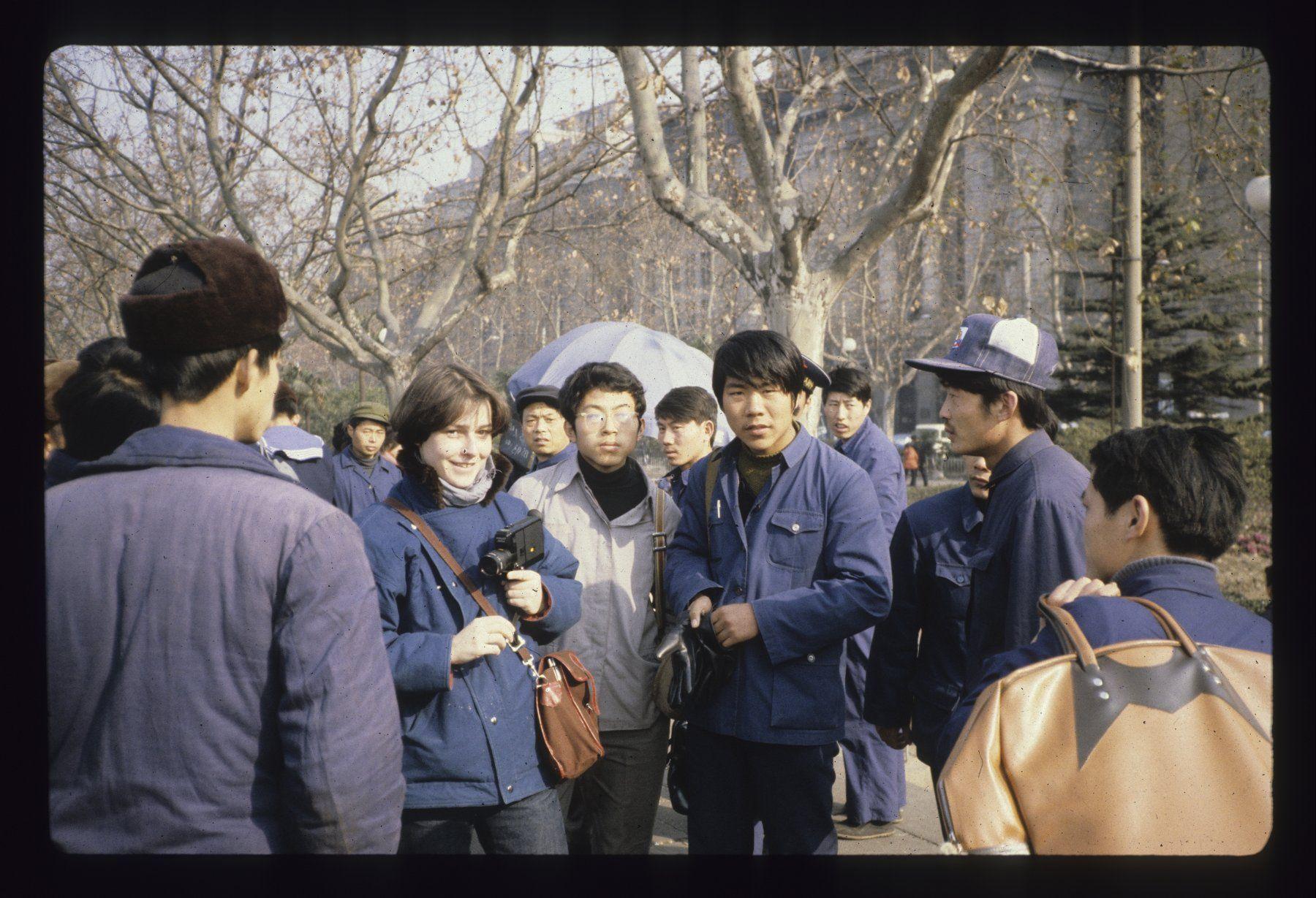 """Deuxième voyage en Chine en 1980 ; """"Marie-Claire"""" ; 'The New Yorker"""". Copyright. Archives Elisabeth de Senneville"""