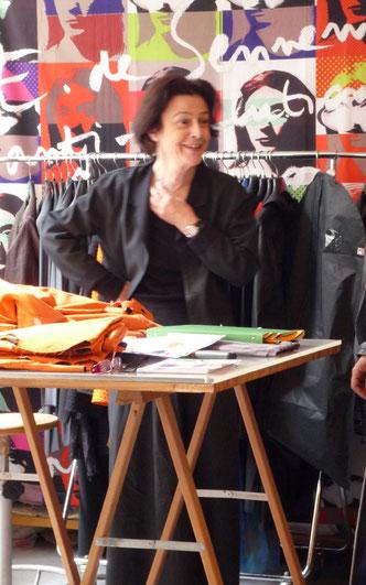 Elisabeth de Senneville dans son atelier 220 rue du Fg St Martin. © Elisabeth de Senneville