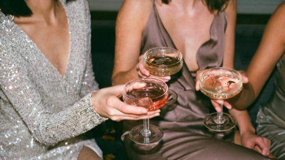 5 Outfit-Formeln für stilvoll gemütliche Festtags-Outfits