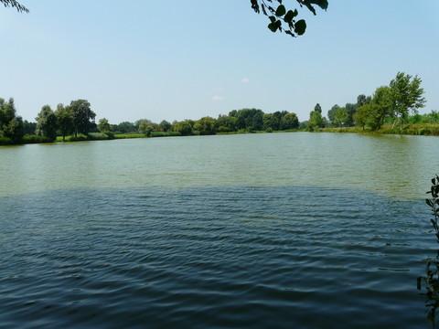 200m entfernter See