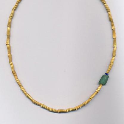 Halskette mit Smaragd und Saphir, Gelbgold 900 & 750