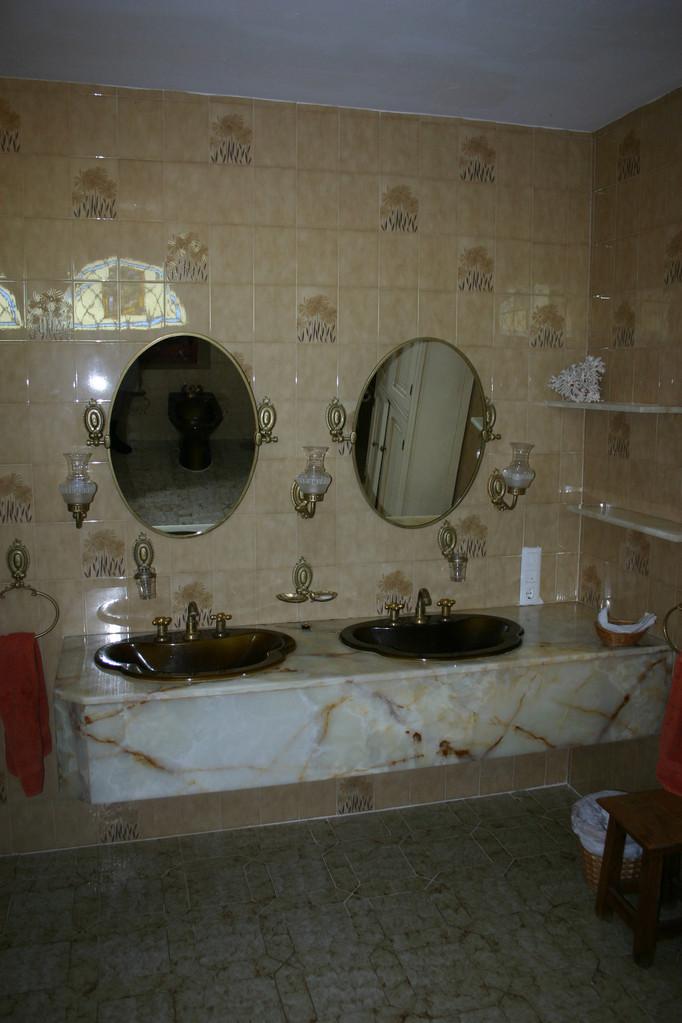 ...unser Badzimmer in Marmor.