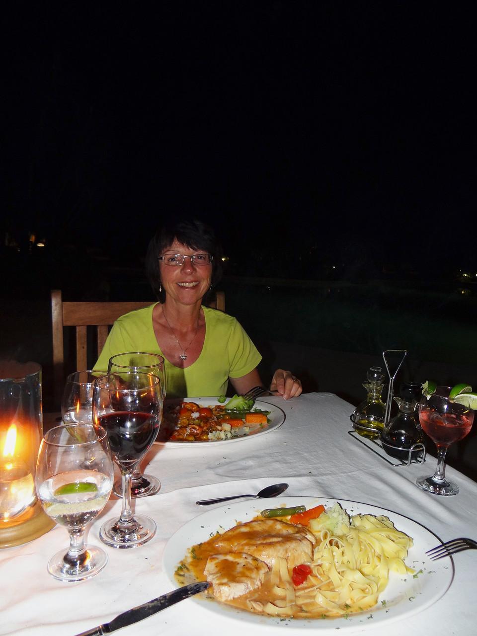 Gepflegte Schweizer Küche direkt am Sandstrand: unser Hotel Capitan Suizo