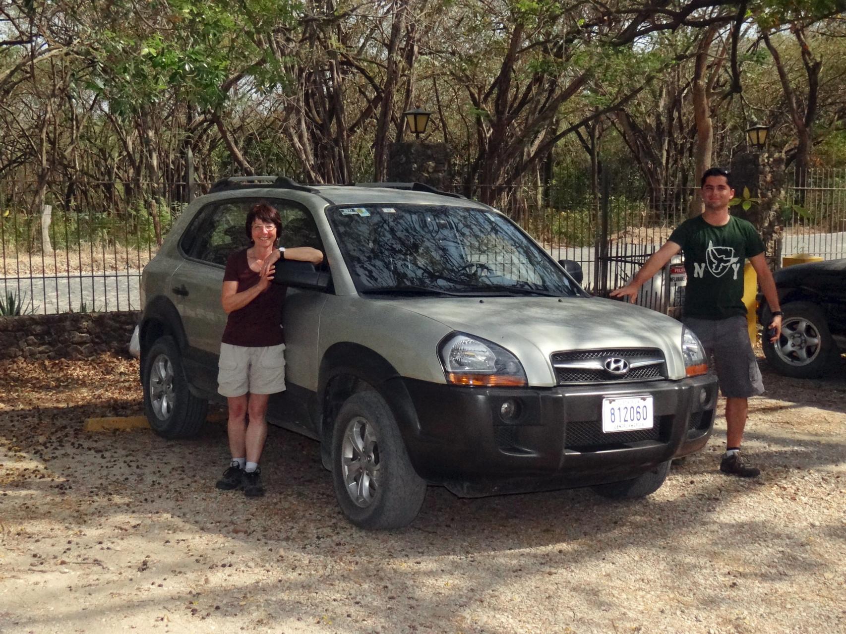 In Tamarindo heisst es Abschied nehmen von Ersel, er fährt mit unserem Mietwagen zurück nach San José