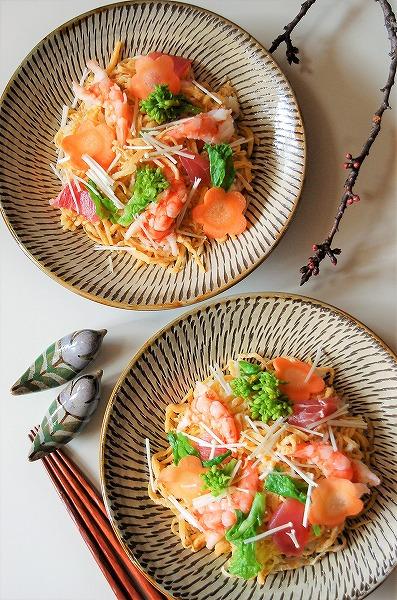 お雛祭りには、こんなお花のちらし寿司はいかが?^^