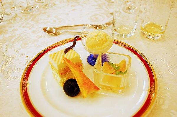 木村式自然栽培なんば桃園の桃使用 しっとりチーズケーキ、シャーベット、コンポート:岡山 山本秀和chef