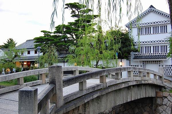 こちらの橋は映画の撮影スポットとしてもよく登場しています^^