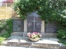 Le monument aux morts 14-18 39-45 de Löllbach