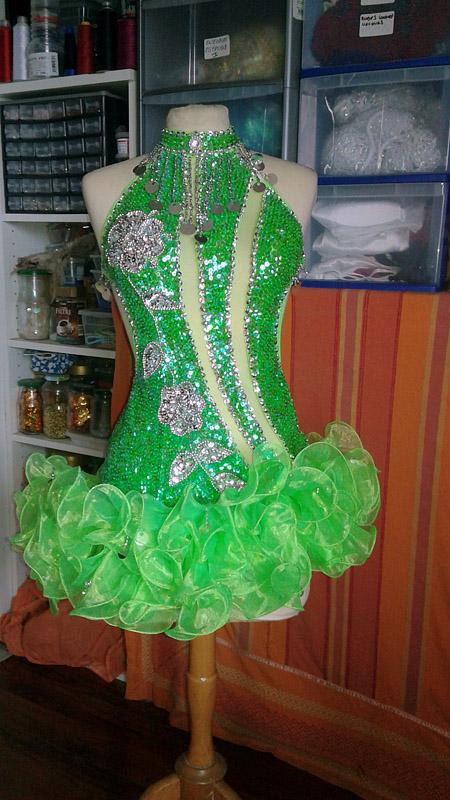 dress dancer cabaret