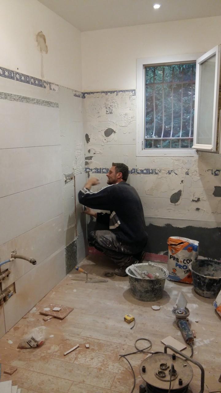 frise salle de bain mosaique. Black Bedroom Furniture Sets. Home Design Ideas