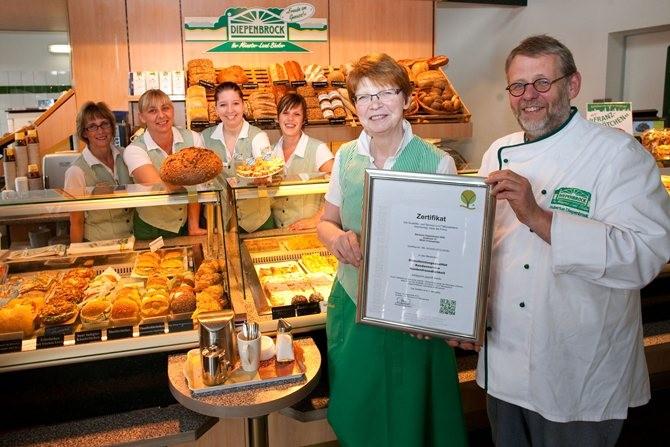 Bäckerei Diepenbrock aus Everswinkel wurde mit dem Zertifikat der Qualitäts- und Serviceroute Münsterland ausgezeichnet