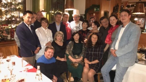 Kirgisische Wirtschaftsdelegation 2018 Abschlussessen im Vingster Pohl nach einwöchiger Visite in Köln .