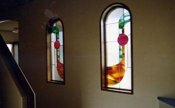 曲線が美しい・デザインのステンドグラス