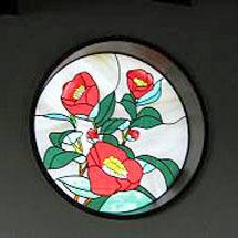 椿デザインのステンドグラス