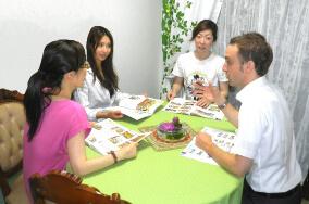 Language courses at EuroLIngual