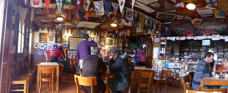 "Hafenkneipe in Horta: ""Peter Cafe"" (Cafe Sport)"