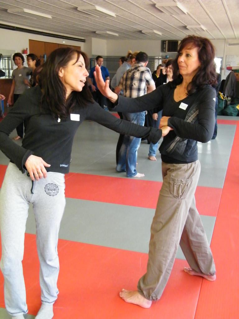 quelques techniques de base d'auto-défense