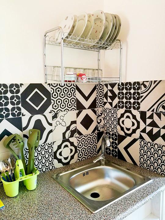 Eine kleine Küchenecke zur Selbstverpflegung ist in jedem Appartement vorhanden.