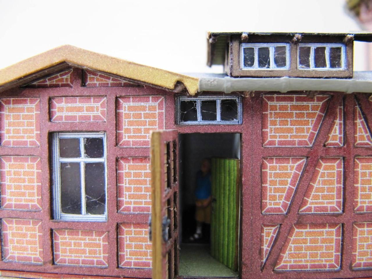 (c) W. Fehse - Haustür Nebengebäude 1:87 (H0)