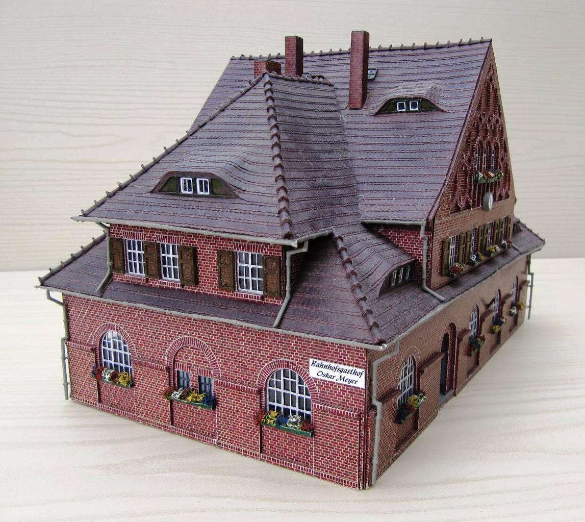 (c) W. Fehse - Blick auf die Fremdenzimmer unter dem Dach 1:87 (H0)