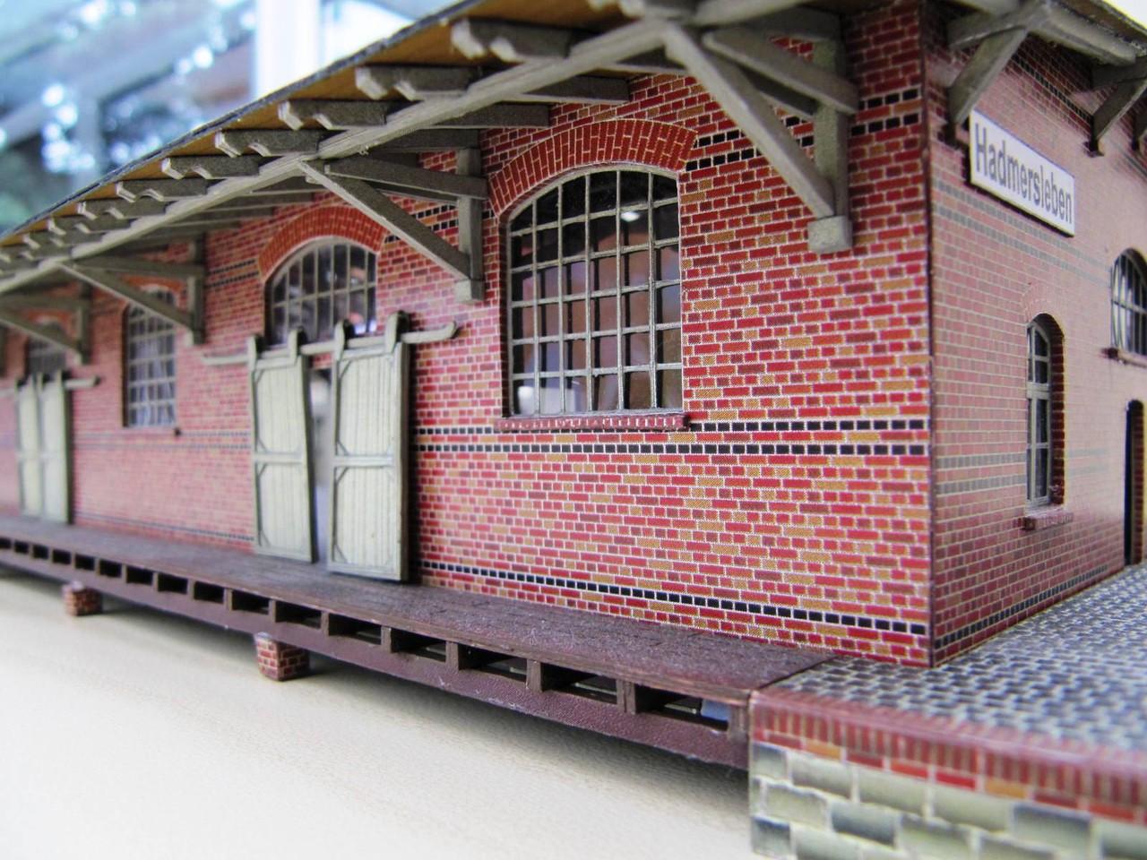 (c) W. Fehse - Blick auf Dachkonstruktion 1:87 (H0)