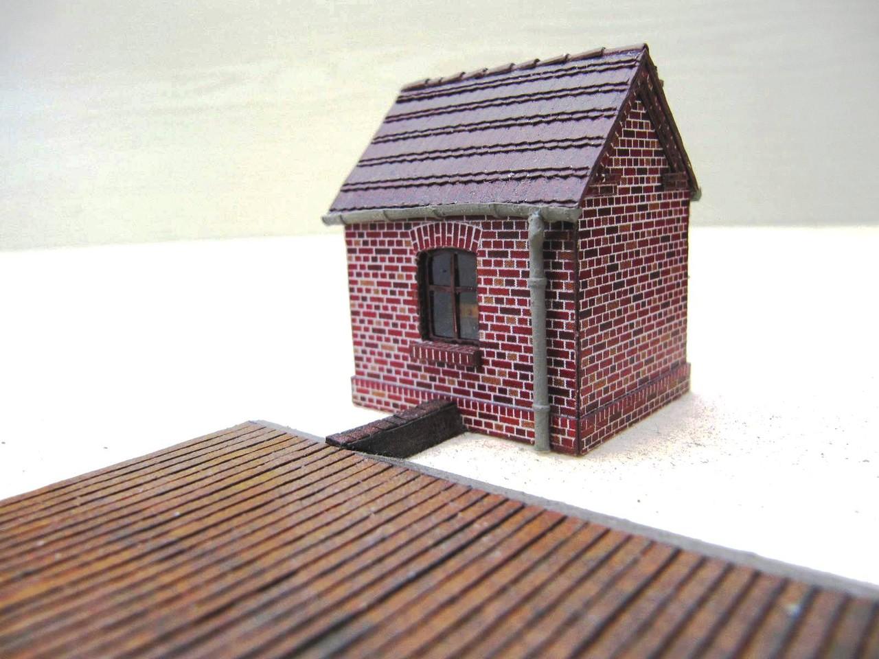 (c) W. Fehse - Wiegehaus und Waagefläche 1:87 (H0) - Variante klassische Fenster