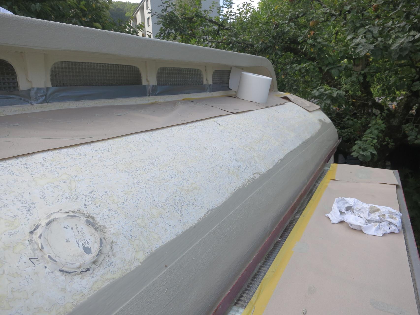 Geschliffener Polyester und Detail Ausbildung mit Alsan RS