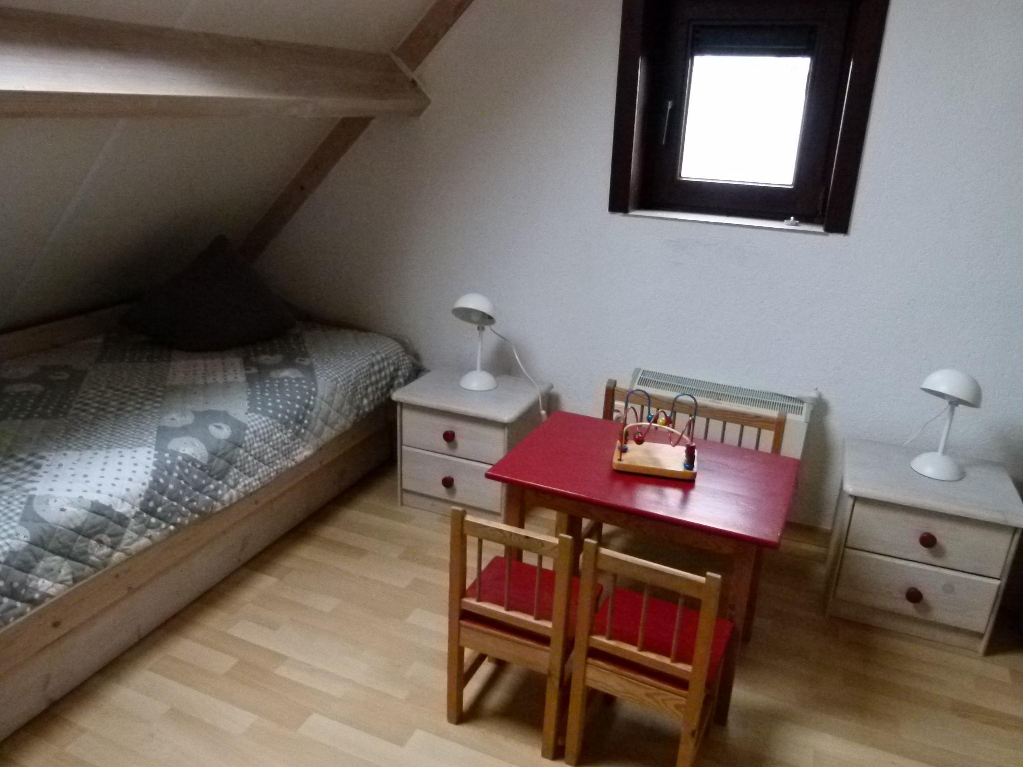 Kinderzimmer mit Einzelbetten