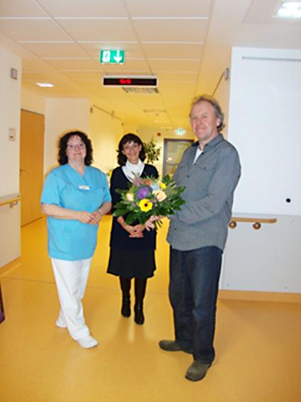 Dank und Blumenpräsent für Matthias Sehrt