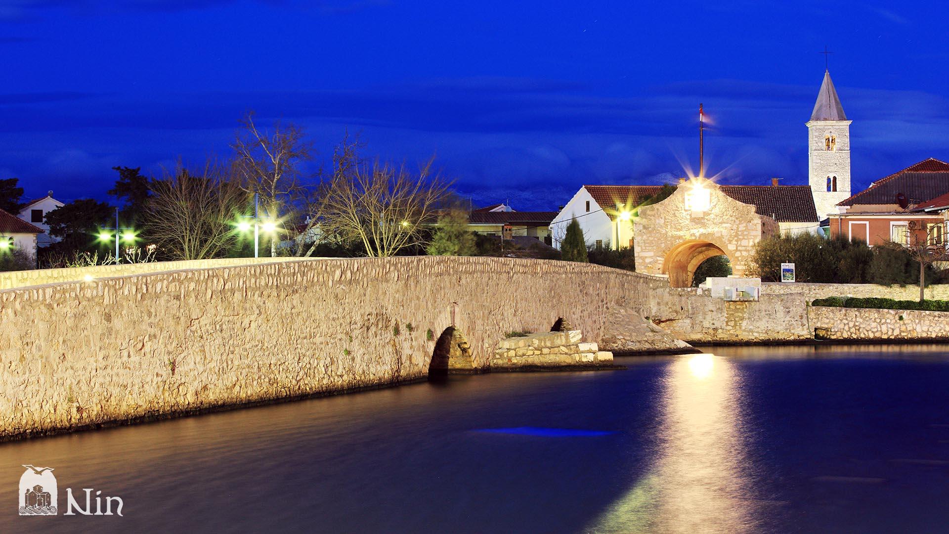 Brücke zu Altstadt von Nin