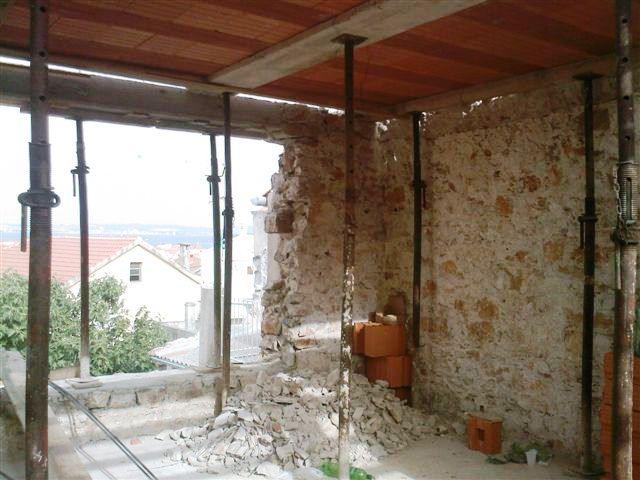 """""""Zimmer mit Aussicht"""", Wohnzimmer mit Panoramafenster."""