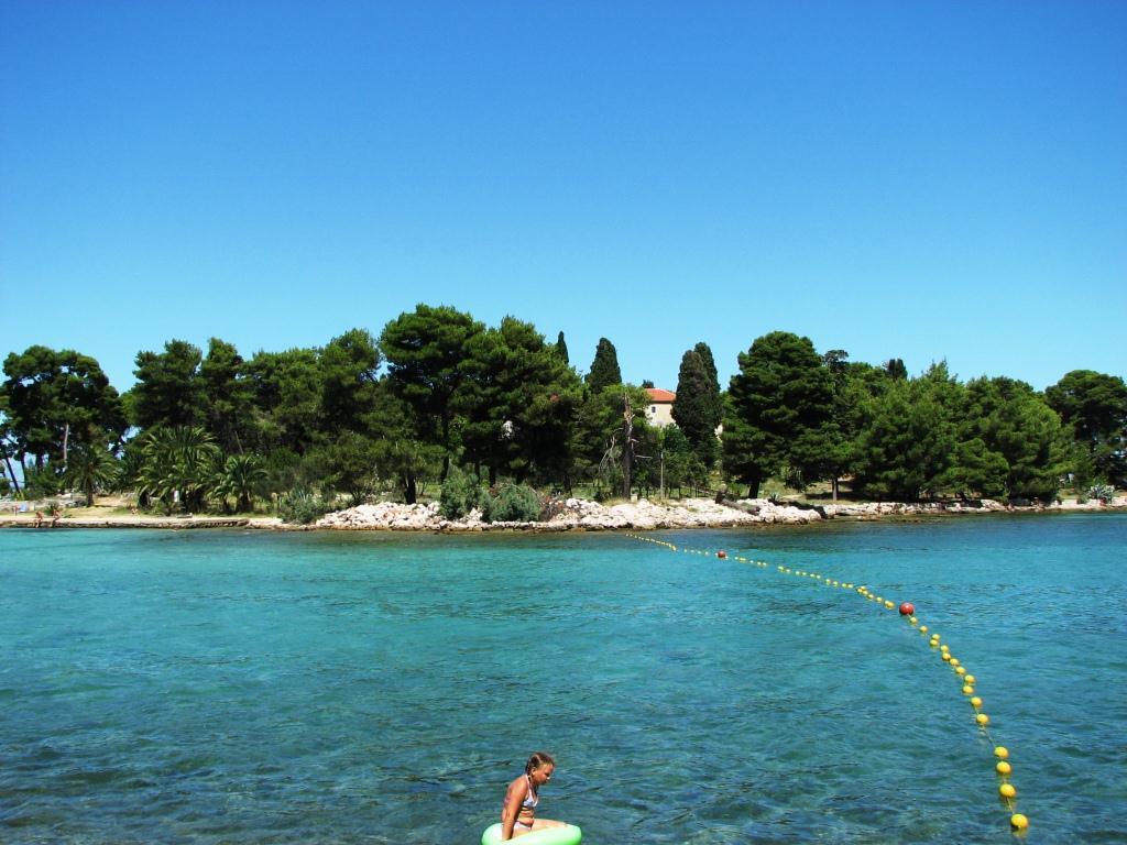 Klosterinsel und beliebte Badebuchten