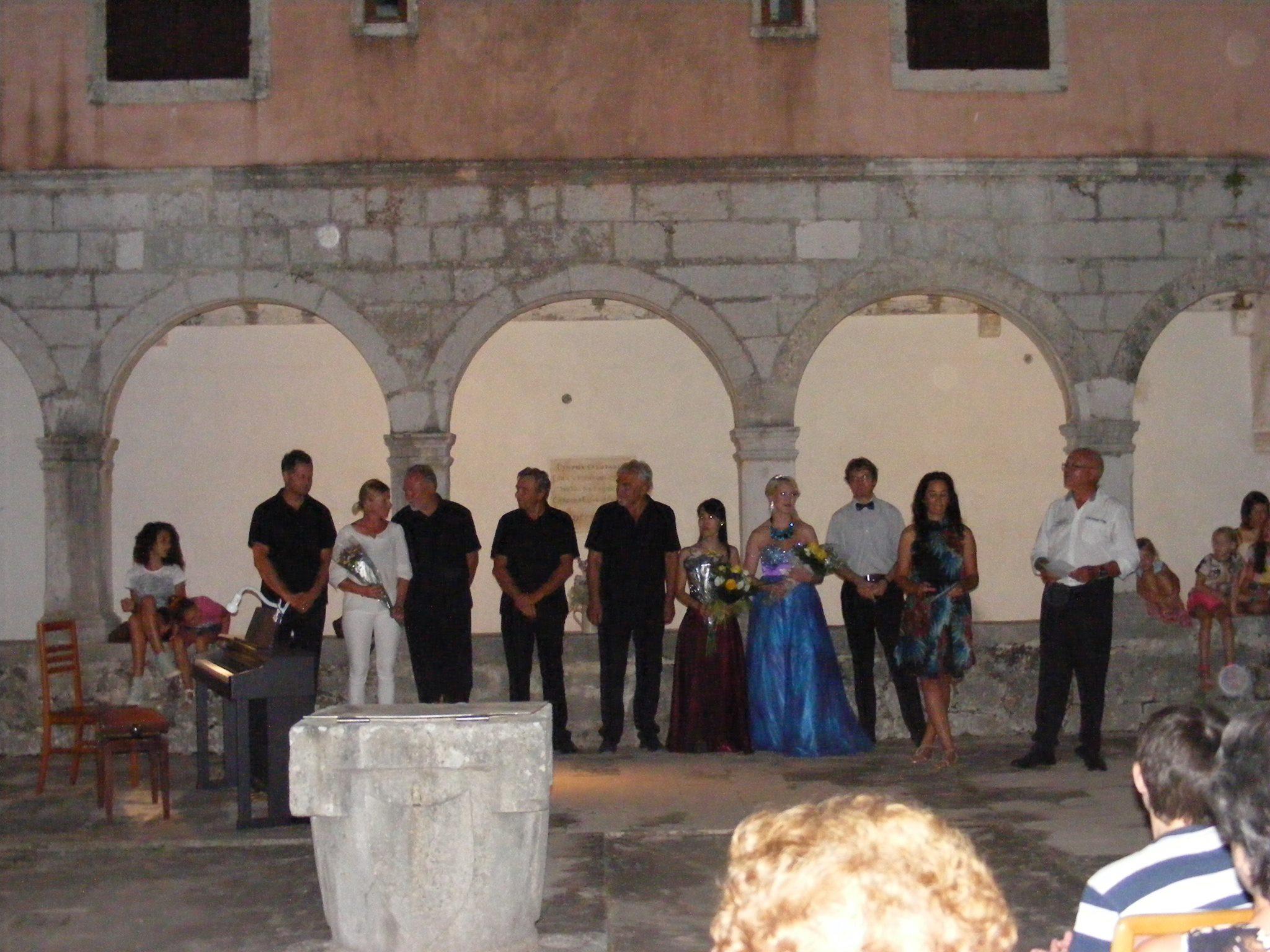 Konzert im Kloster Banj mit Dorothee Koch und Freunde