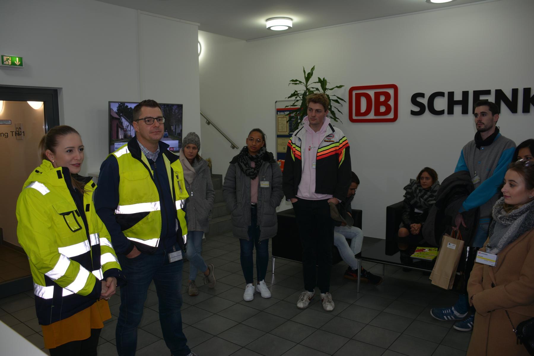 Luftfrachtlogistik DB Schenker