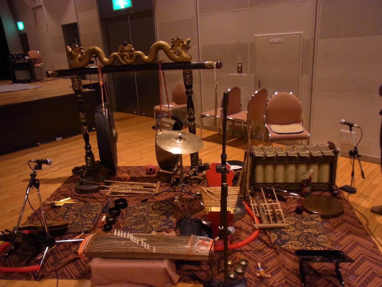 多国籍楽器