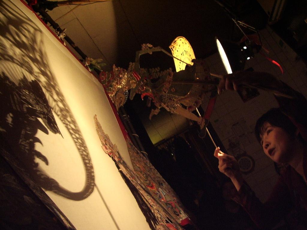 2006年11月 * ワヤンのゆうべ 『クレスノ使者に立つ』